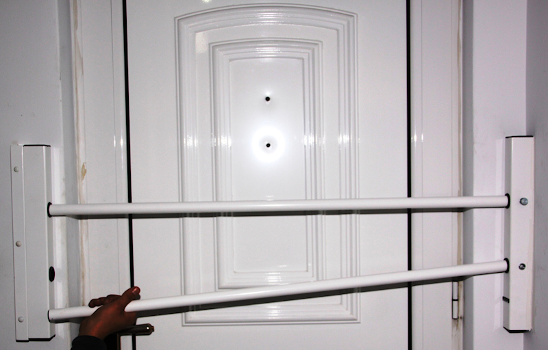 Viometaloumin puertas plegables de seguridad productos - Pasadores para puertas ...